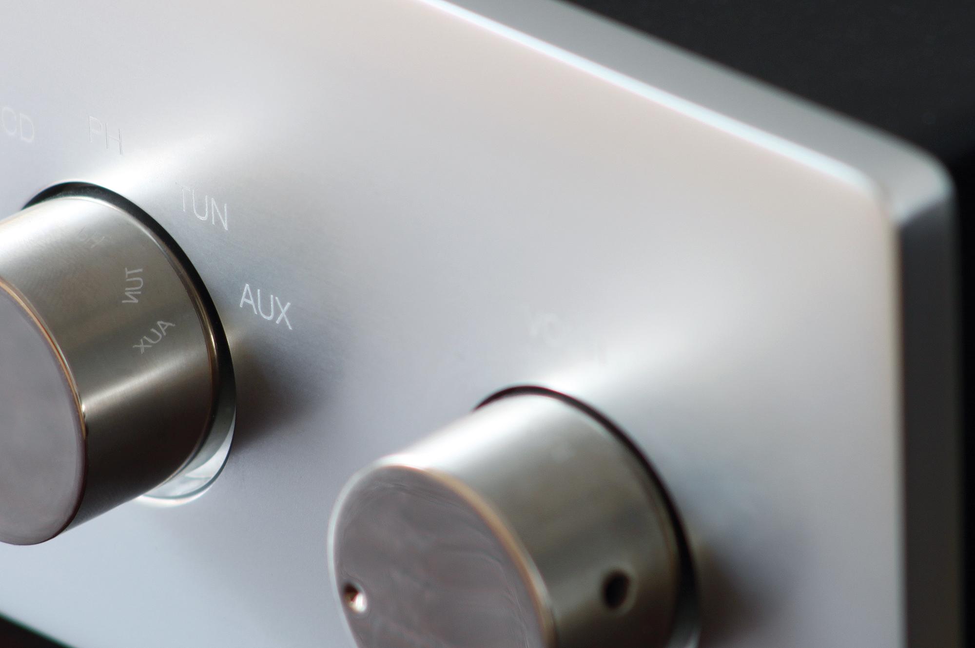 "AWG - ""Alles was geht"" Linevorverstärker in Röhrentechnik - keine Kompromisse"